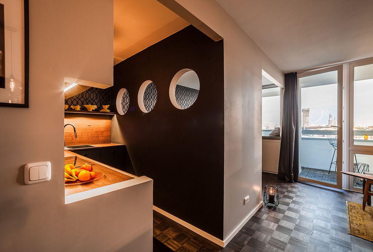 Küche mit Bullaugen